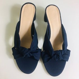 NWT J Crew navy knotted sandals block heels sz 9.5